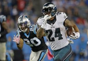 The Eagles' Ryan Matthews ripped off a 63 yard touchdown in the third quarter at Carolina. (AP Photo/Bob Leverone)