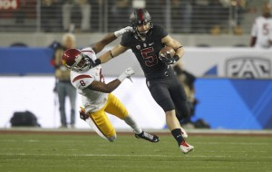 Stanford's Christian McCaffrey's 3,496 all-purpose yards are a new NCAA record. (courtesy cbssports.com)