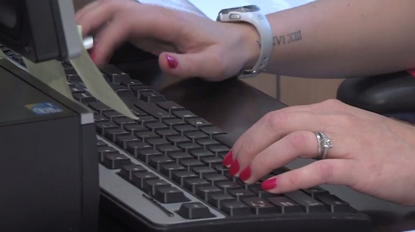 Delmarva College Mentorship Program Helping Students with College Applications
