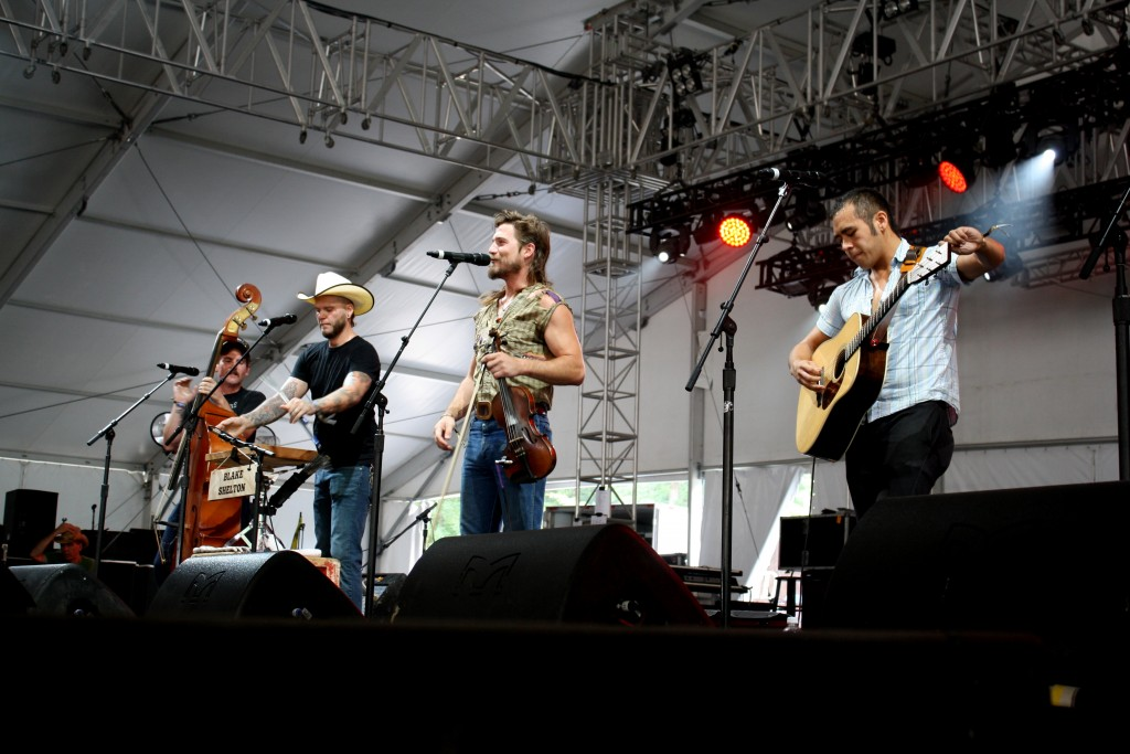 Big Barrel Country Music Festival: Whiskey Shivers