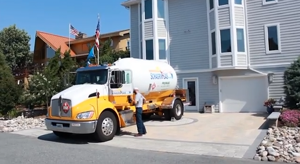 Hurricane Prep with State Farm and Schagrin Gas Co – Wednesday, July 8, 2015