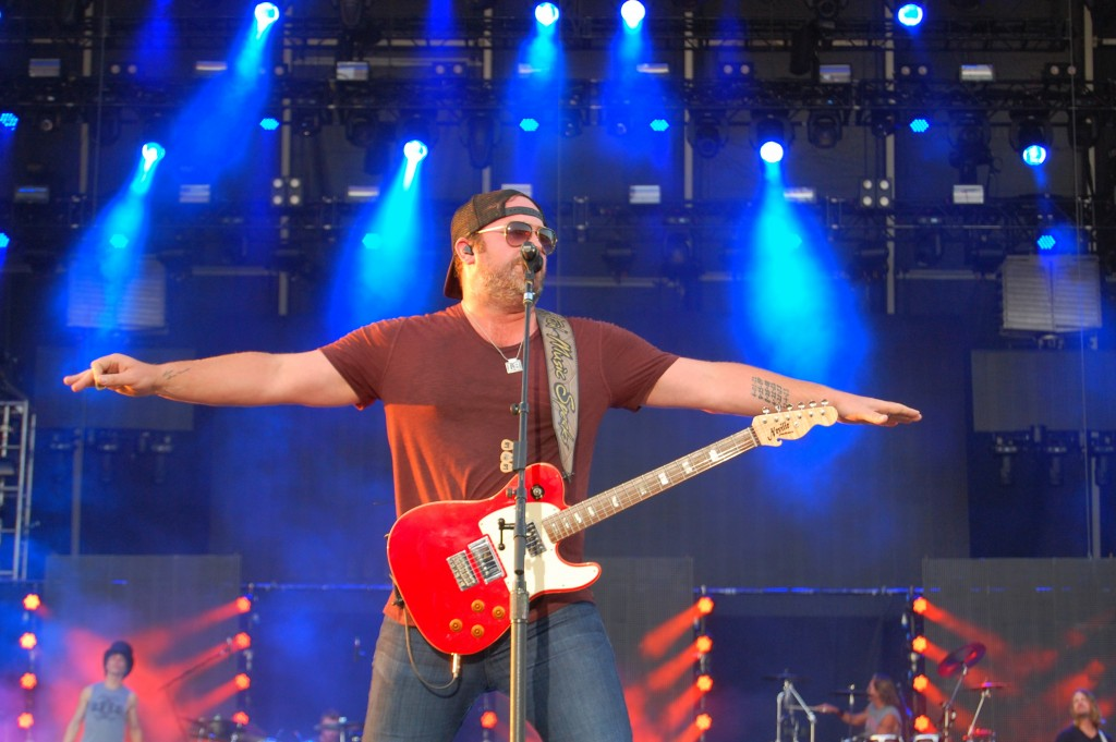 Lee Brice Says Delaware Junction Festival Isn't Hard to Love