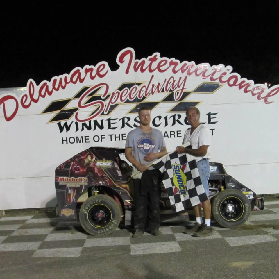 Dirt Track: James Hill Takes Mod Lite Win – Delaware International Speedway