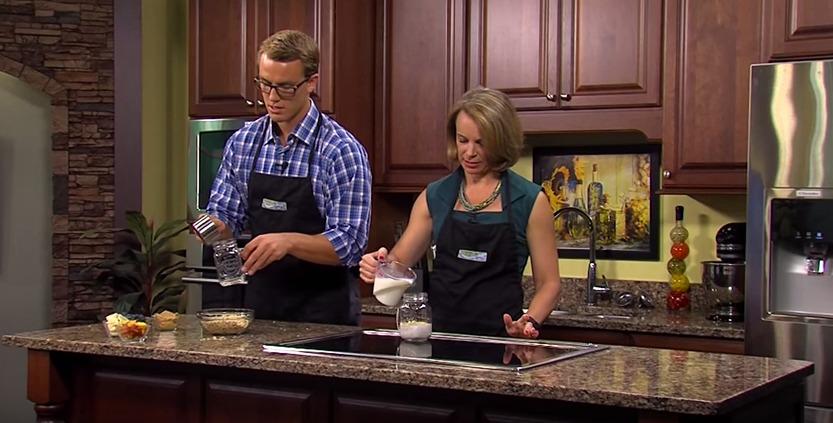 Overnight Oats with Sean & Lisa in the Kitchen
