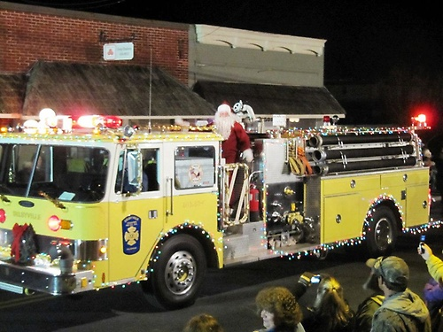 2016 List of Christmas and Holiday Parades Across Delmarva