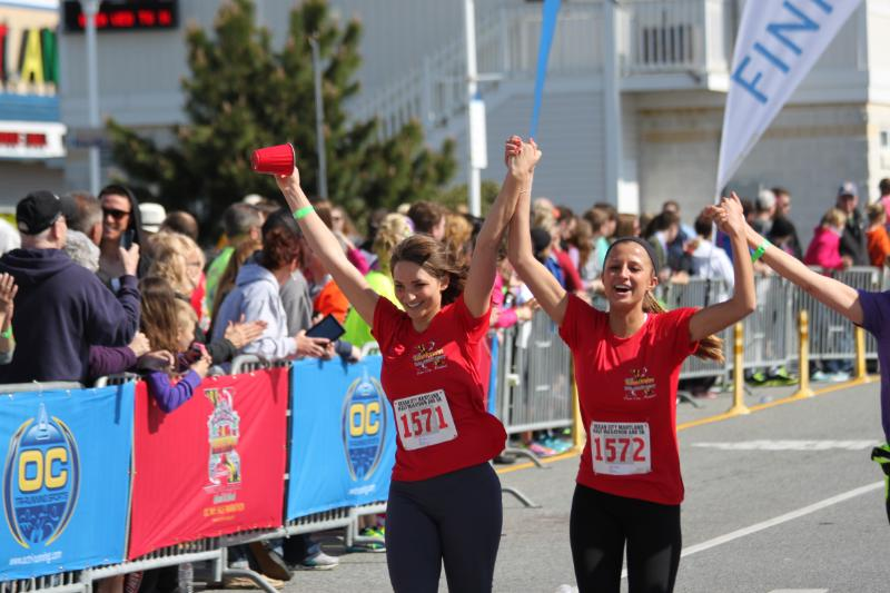 Runners Enjoy Beach Town Scenery During Ocean City Island to Island Half Marathon/5K