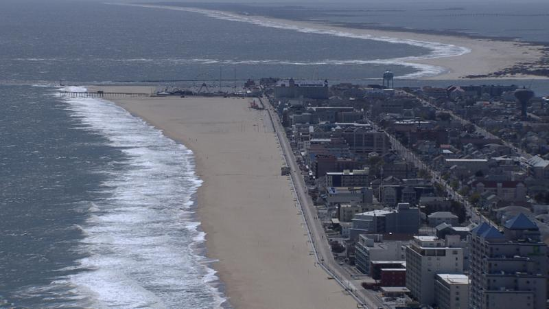 Beach Bites Partners With OCMD Eateries for Beach Towel Delivery