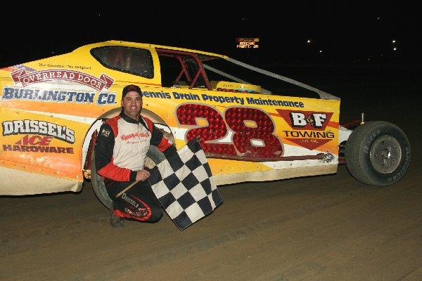 Dirt Track: Richie Pratt Takes NAPA Big Block Win