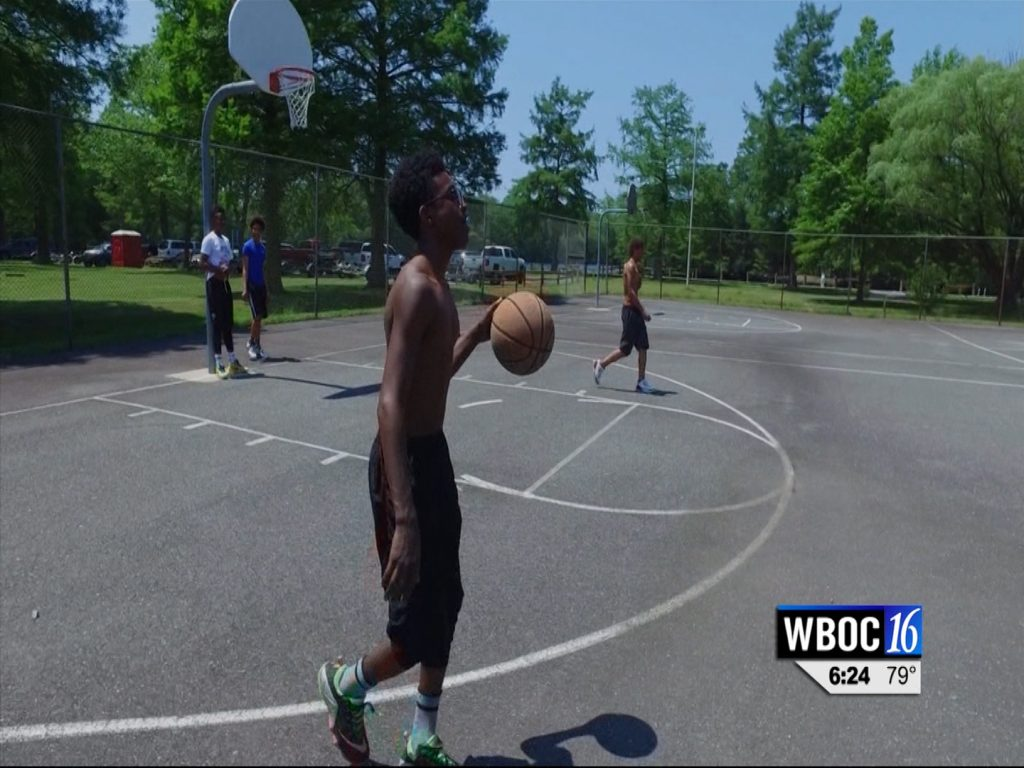 Travels With Charlie: Basketball at Byrd Park in Snow Hill
