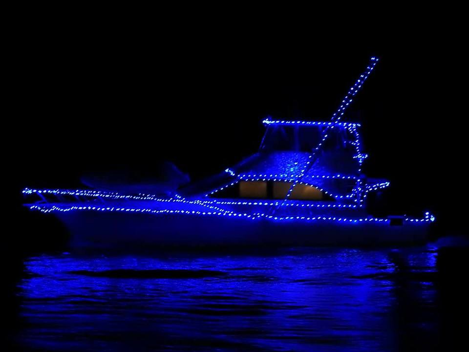 Wicomico Yacht Club Holds Annual Christmas Boat Parade, Donates to Toys for Tots