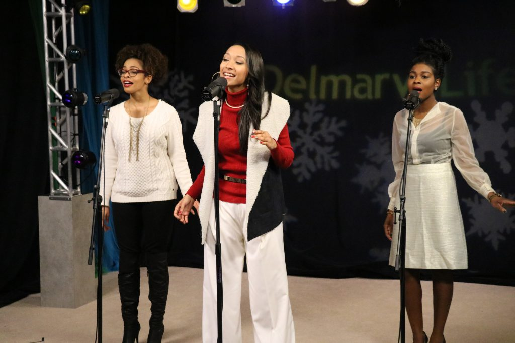 """BriaMarie Performs """"All I Want for This Christmas"""" and """"Learn to Love You"""""""