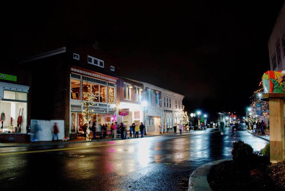 Milford's Holiday Walking Tour is Here to Stay
