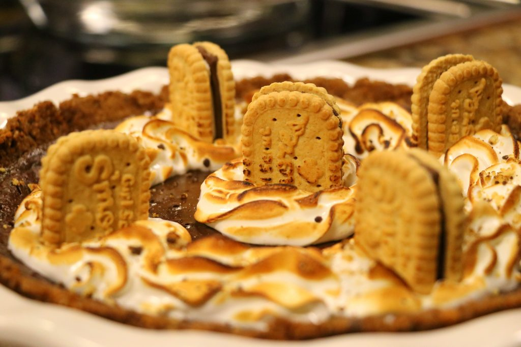 Girl Scout Cookie S'Mores Pie