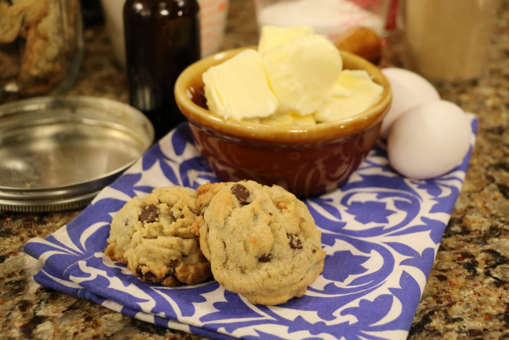 """Chocolate Chip Cookies and Strawberry-Chipotle BBQ Sauce with """"Tide and Thyme"""" Food Blogger, Laura Davis"""