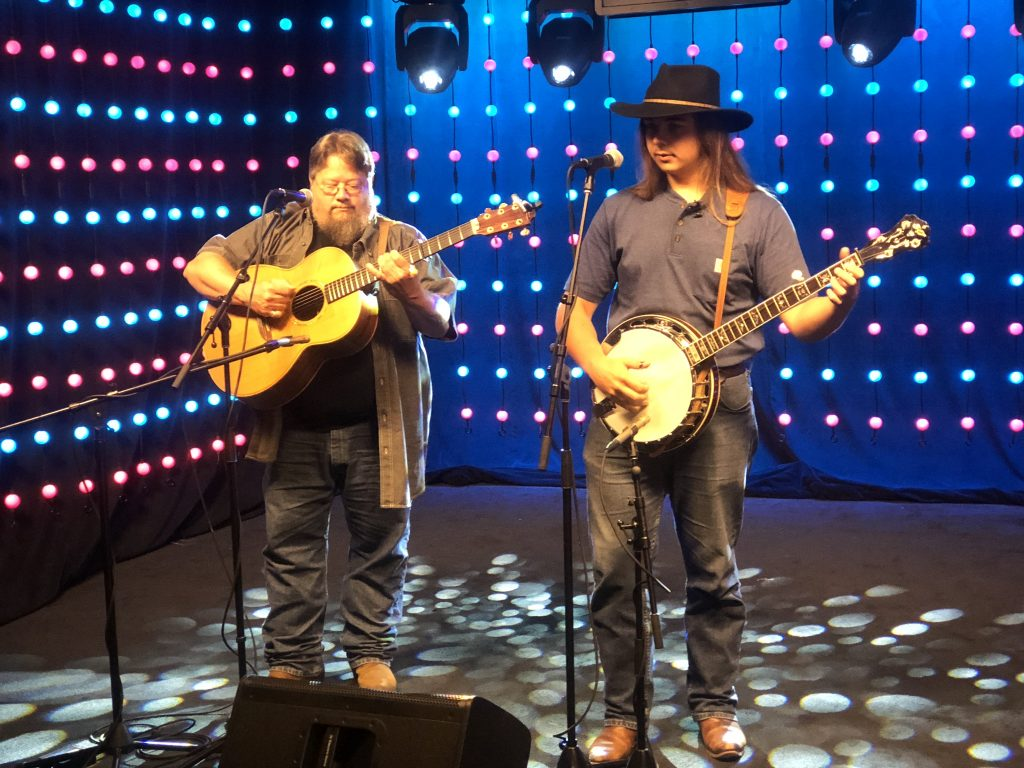 Mickey and Keagan Justice Perform on the Mid South Audio Stage