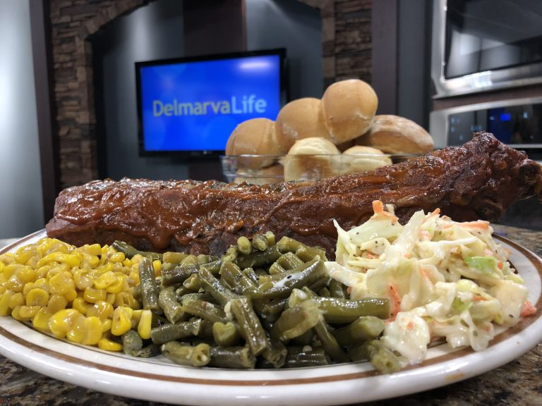 Scott Heise from Nick's House of Ribs Makes Some Mouth Watering Fall Off The Bone Ribs