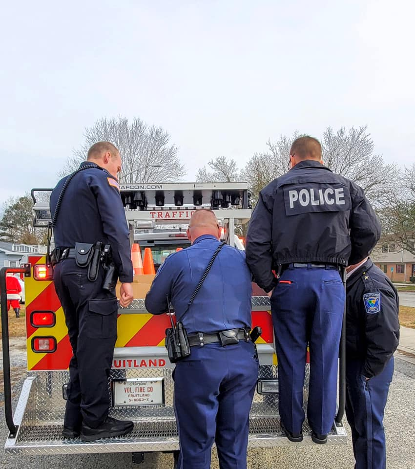 """""""Give Where You Live"""" Campaign With The Fruitland Police Department"""