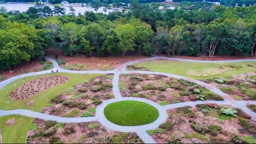 Travels With Charlie: Delaware Botanic Gardens at Pepper Creek