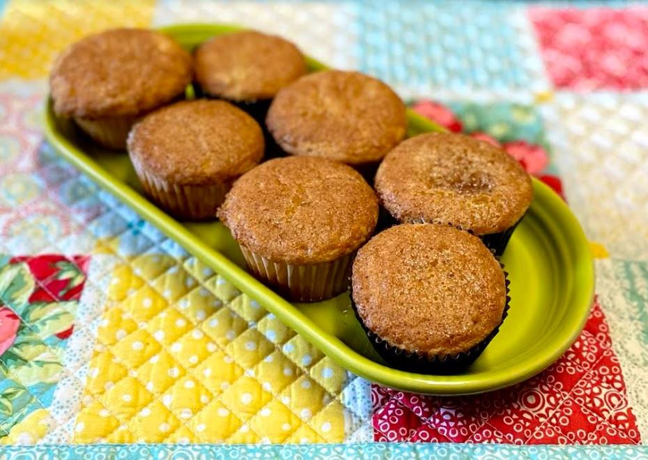 Mia Rembold Makes Honey Cakes