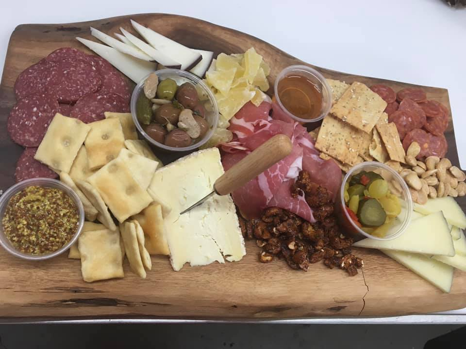 Simmons Center Market – Making A Charcuterie Board