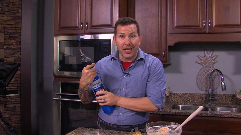 Chef Steve Konopelski Shows Us How to Make Crab Creme Brûlée and Strawberry Pretzel Truffles