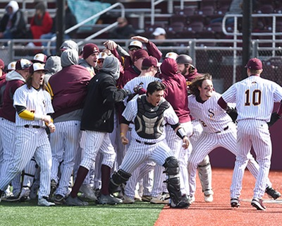 SU Baseball Sweeps Doubleheader, Lands 1 Seed in CAC Tournament